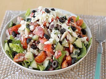 Greekstyle-tuna-salad